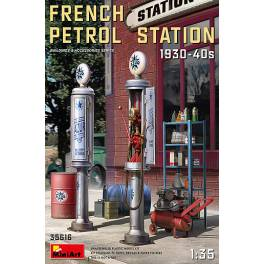 MNA-35616 French Petrol Station 1930/40s